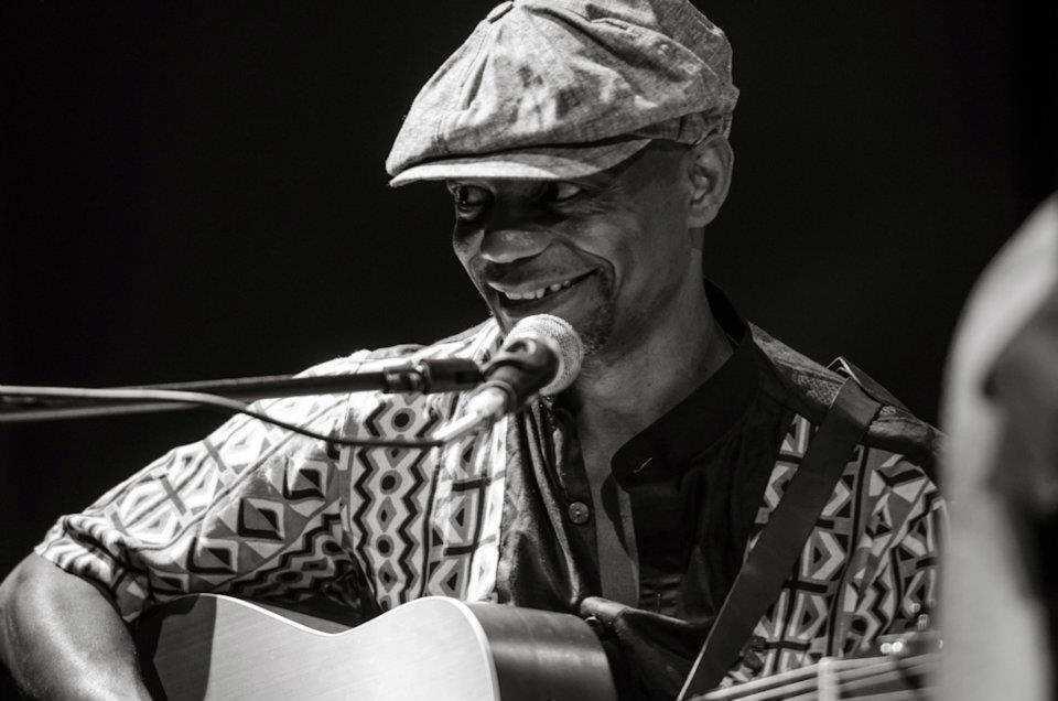 Tatè Nsongan il 23 dicembre a Milano in Unplugged